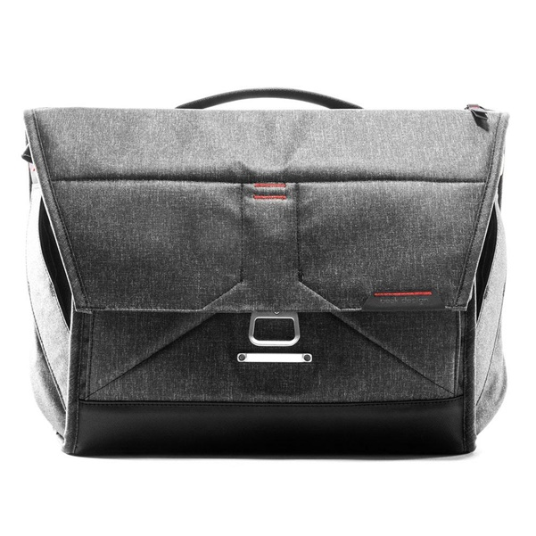 "Peak Design Everyday Messenger 15"" V2 charcoal"